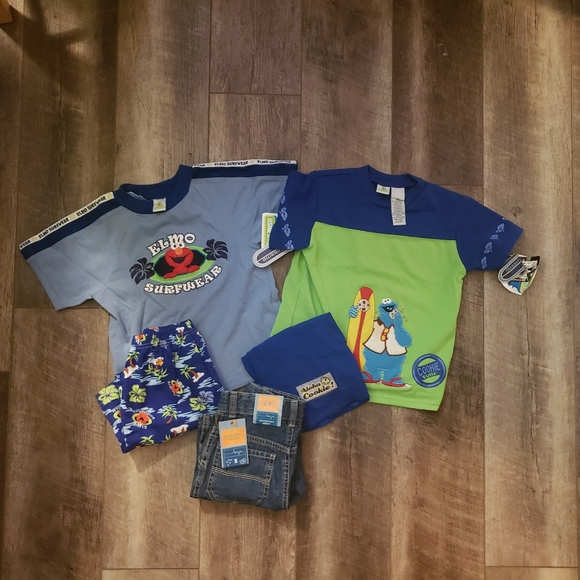 Lot of boys 5t short sets and jeans
